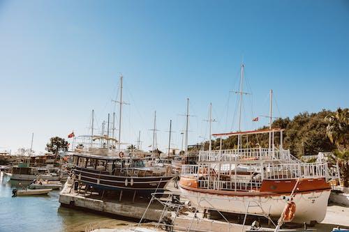 deniz, deniz aracı, direk, gemi içeren Ücretsiz stok fotoğraf