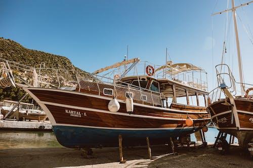 Δωρεάν στοκ φωτογραφιών με αλιευτικό σκάφος, αποβάθρα, βάρκα, θάλασσα