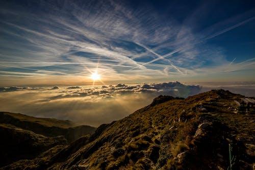 Безкоштовне стокове фото на тему «HD шпалери, інверсійні сліди, гора, Захід сонця»