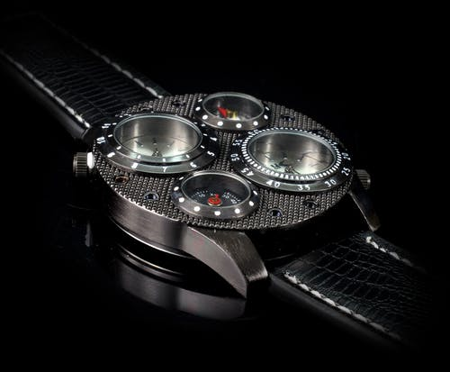 คลังภาพถ่ายฟรี ของ ดำ, นาฬิกาข้อมือ, อุปกรณ์เสริม, เวลา