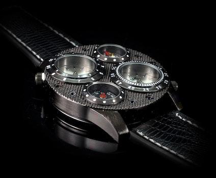 Black Leather Strap Round Watch