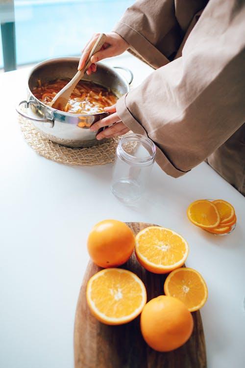 Kostnadsfri bild av apelsinjuice, bord, frukost, hälsa
