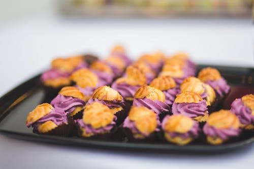 Fotobanka sbezplatnými fotkami na tému cookie, detail, fialová, jedlo