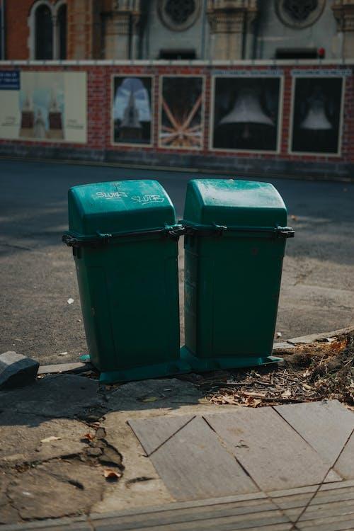 カップル, ゴミ, ごみ箱の無料の写真素材