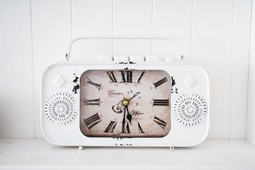 Free stock photo of 4k wallpaper, alarm clock, analogue