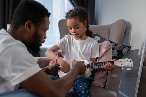 四弦琴, 在家, 女兒 的 免費圖庫相片