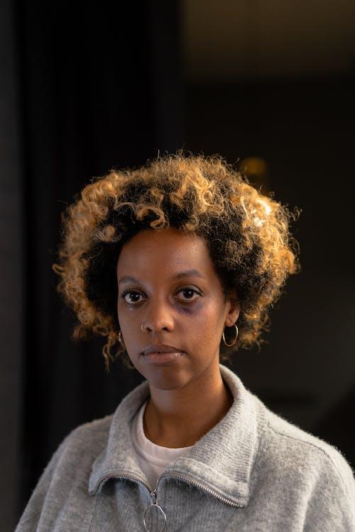 Imagine de stoc gratuită din abuz, abuz fizic, afro păr