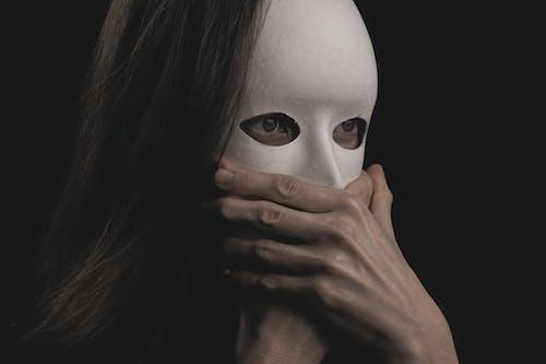Бесплатное стоковое фото с nigtmare, Анонимный, беллетристика, белый