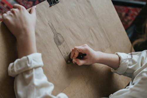 Darmowe zdjęcie z galerii z do nauki, dorosły, drewno, dziecko