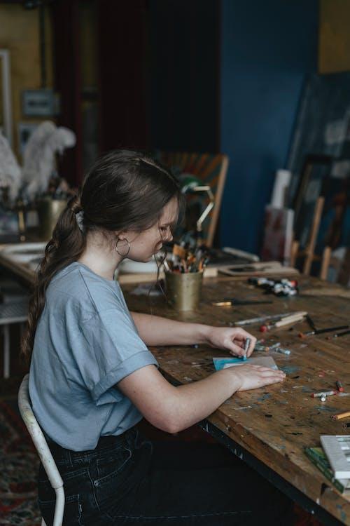 Darmowe zdjęcie z galerii z dorosły, dziecko, dziewczyna, edukacja