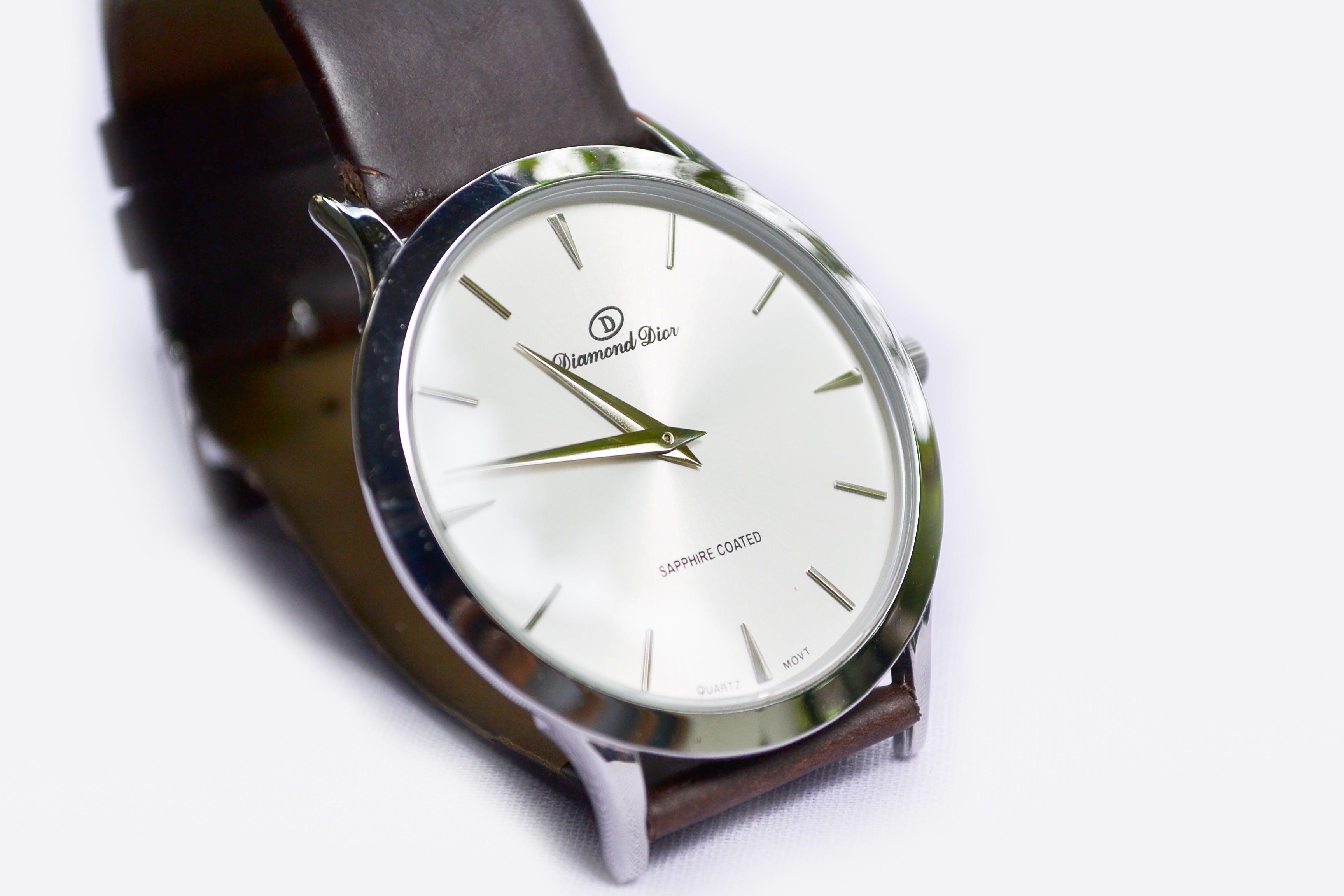 White Round Analog Watch
