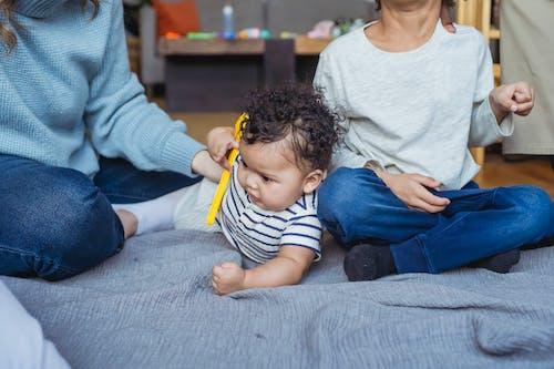Darmowe zdjęcie z galerii z african american baby, african american boy, bawić się