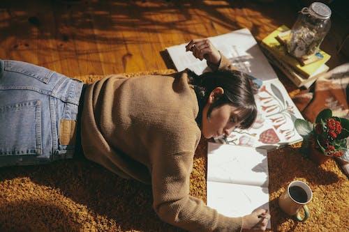 Základová fotografie zdarma na téma 70s, bílá dívka, botanická zařízení