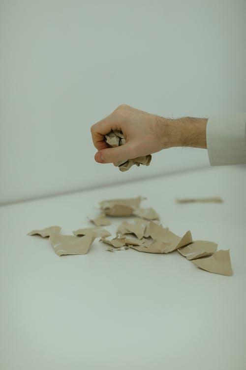Foto stok gratis kertas, kusut, limbah