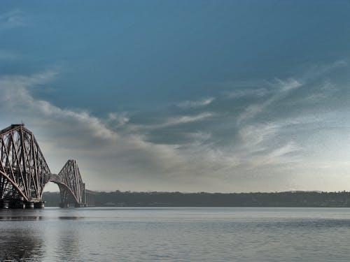 Základová fotografie zdarma na téma čtvrtý železniční most, kovové brige, modrá obloha, most