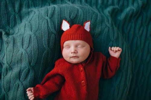 Kostenloses Stock Foto zu aufsicht, ausruhen, baby
