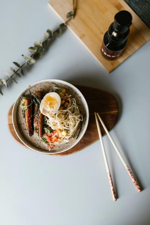 アジア人, アジア料理, インドアの無料の写真素材