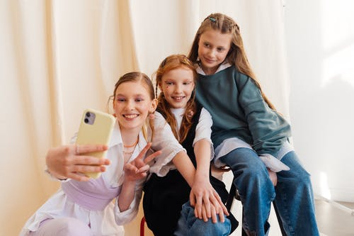 Foto stok gratis anak-anak, bagus, biasa saja