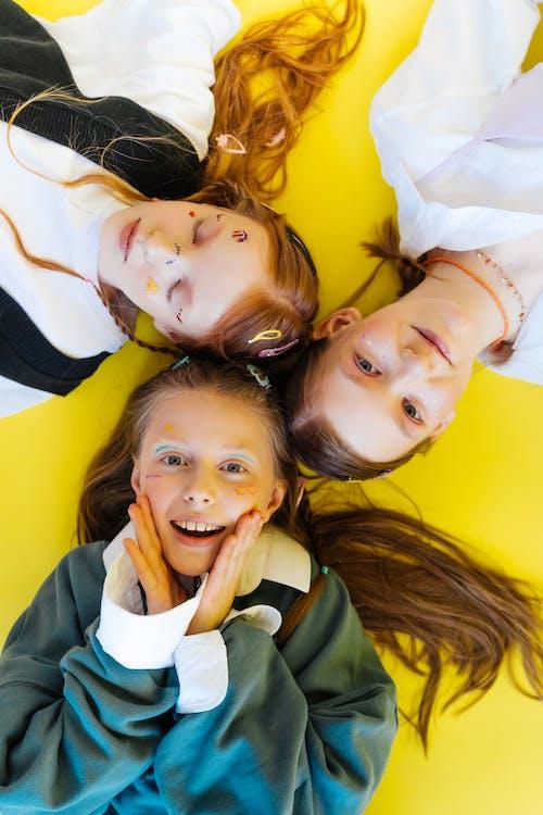 Ảnh lưu trữ miễn phí về bọn trẻ, chị em gái, cô gái