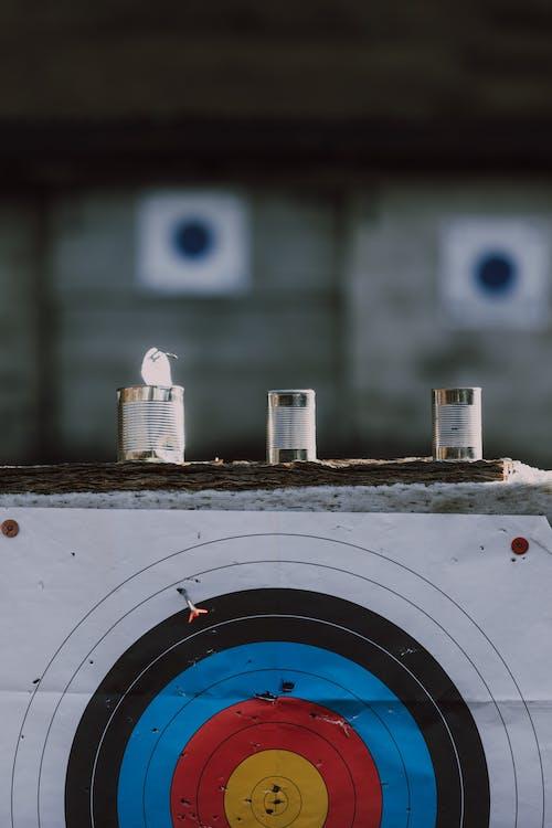 Foto profissional grátis de alvo, arco e flecha, borda