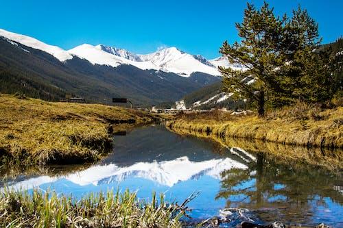 Ingyenes stockfotó hegyek, tájkép, természet, víz témában