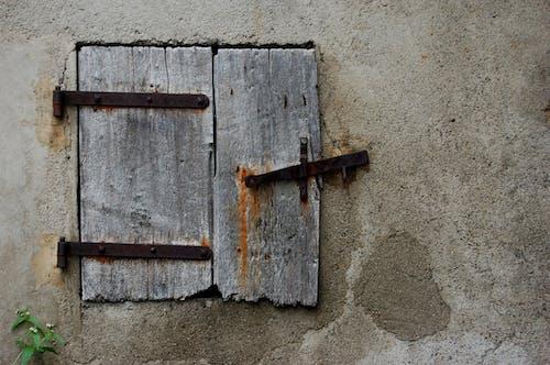 Безкоштовне стокове фото на тему «іржа, жалюзі»