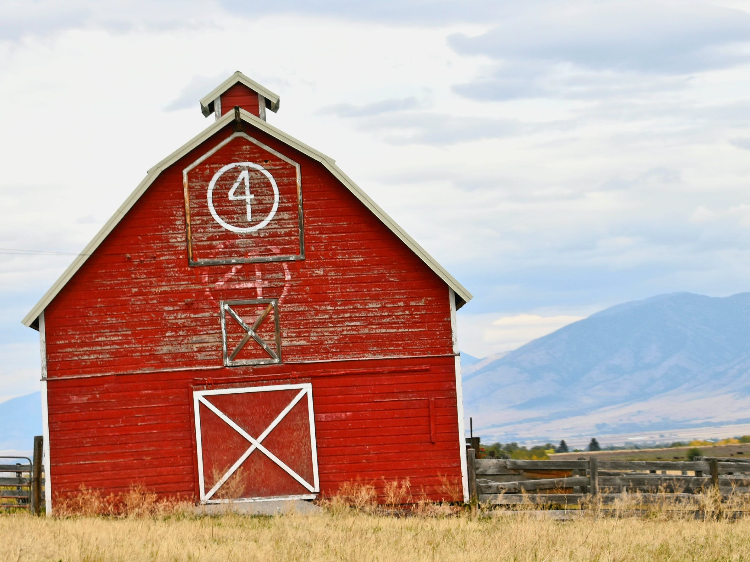 Free stock photo of barn, country, Montana, red