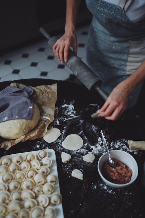 Безкоштовне стокове фото на тему «Борошно, випічка, всередині»
