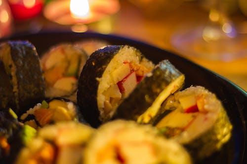 ev yapımı, Gıda, Japon yemeği, Suşi içeren Ücretsiz stok fotoğraf