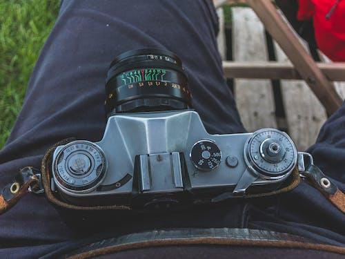 Photos gratuites de appareil photo, ceinture en cuir, métal, objectif helios
