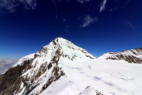 Δωρεάν στοκ φωτογραφιών με αλπικός, αναρρίχηση, βουνό, βουνοκορφή