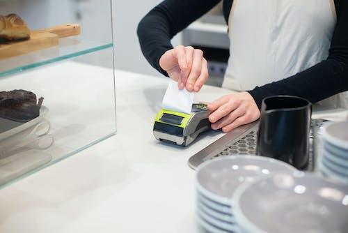 Immagine gratuita di caffetteria, carta, controsoffitto