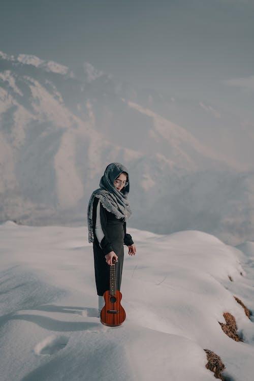 Безкоштовне стокове фото на тему «акустичний, верхній одяг, вершина»