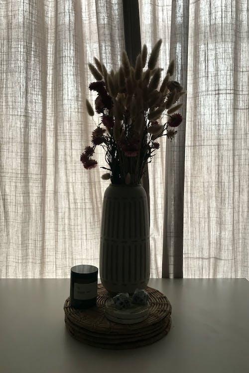 Бесплатное стоковое фото с букет цветов, в помещении, высохшие цветы