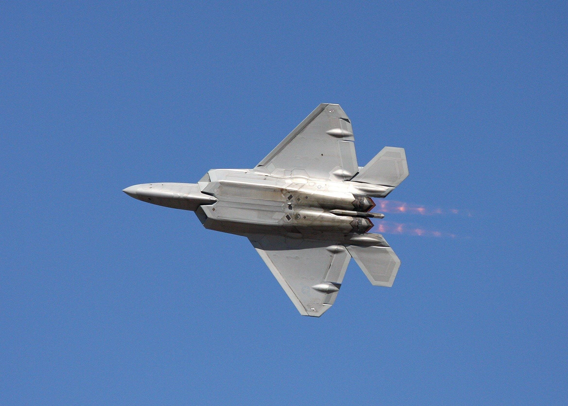 Kostenloses Stock Foto zu fliegen, flug, geschwindigkeit, himmel