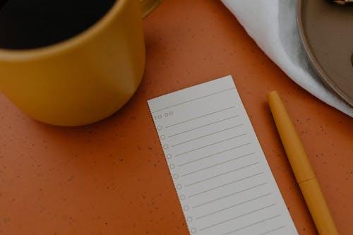 Immagine gratuita di avvicinamento, flat lay, lista di cose da fare