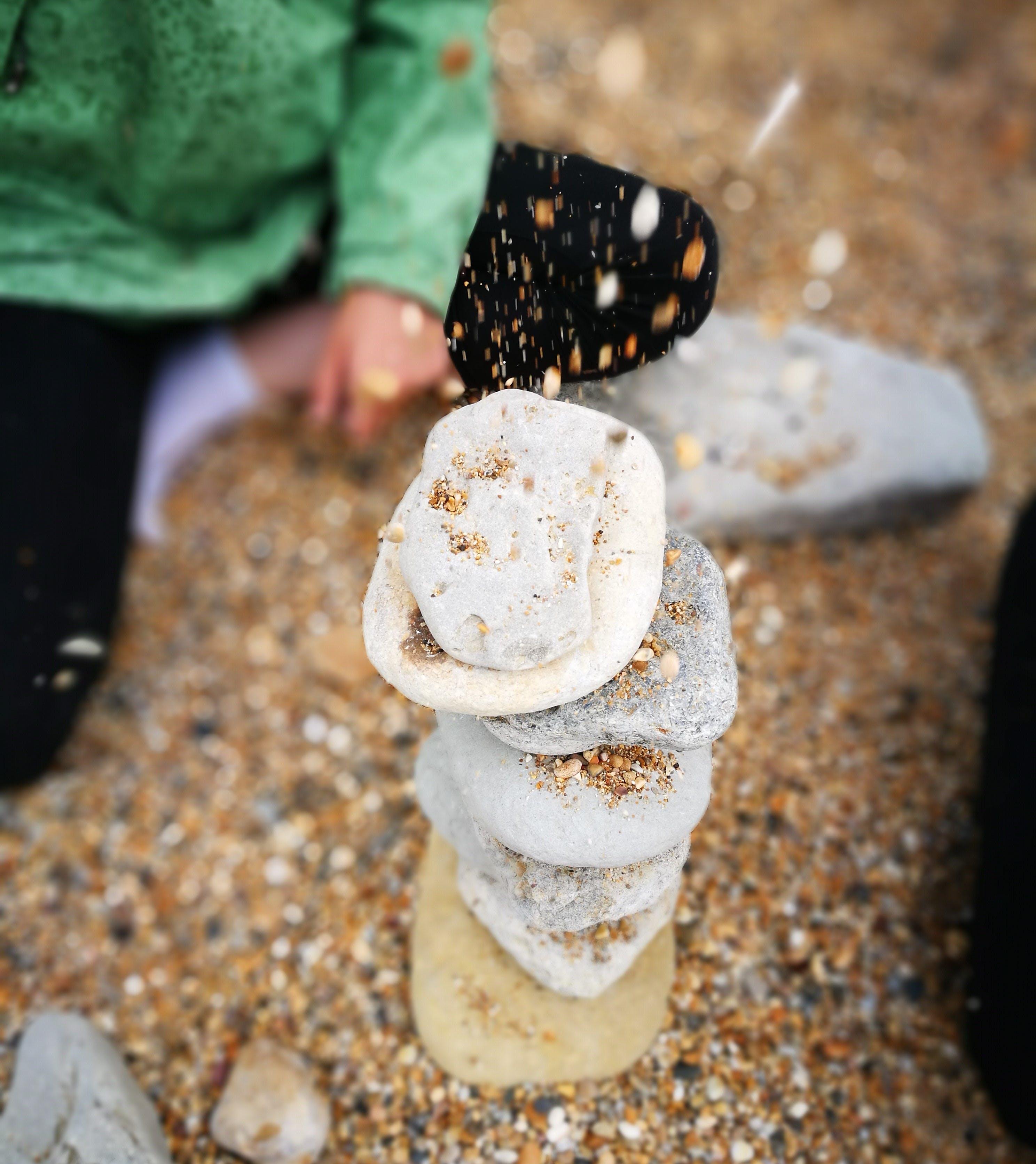 Gratis lagerfoto af småsten, sten tårn, stenstrand