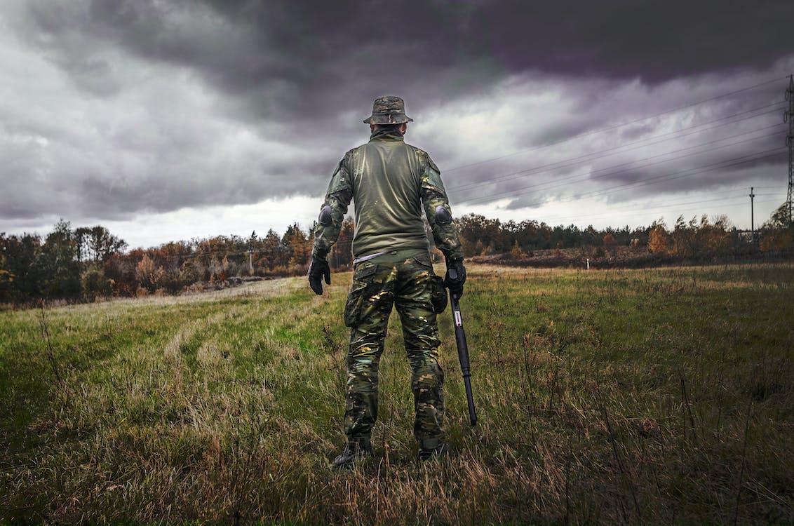 akkerland, alleen, ammunitie