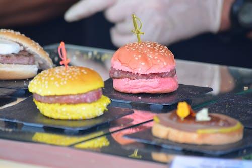 Gratis arkivbilde med burger, gourmet, hamburger