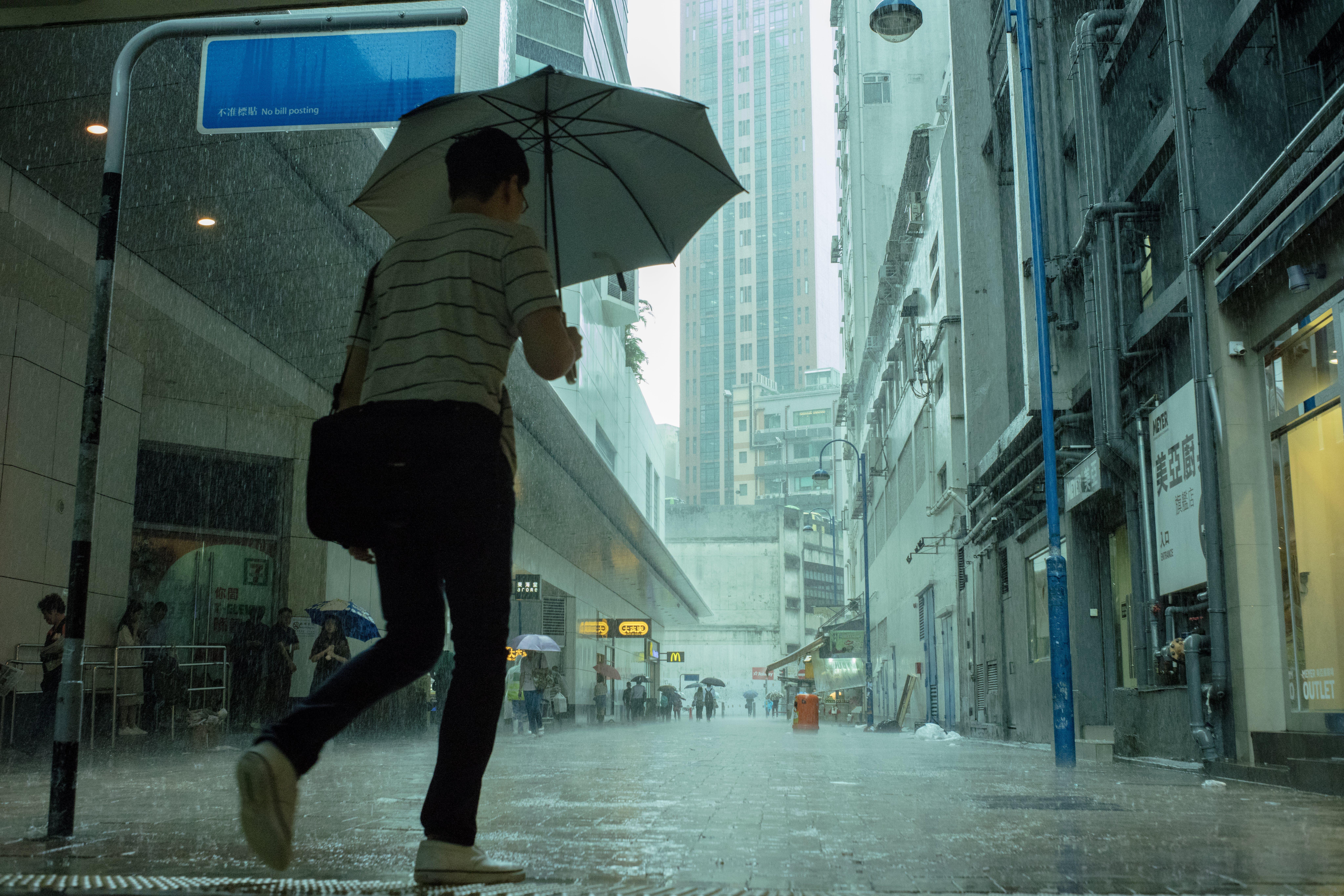 Free stock photo of building, hongkong, people, raining