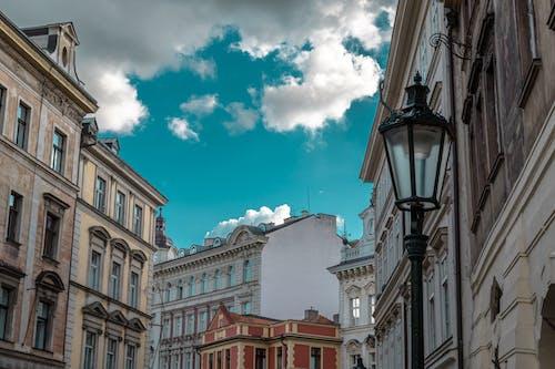 Fotos de stock gratuitas de antiguo, arquitectura, calle, cielo