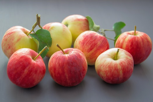 Close-up Photography of Apples