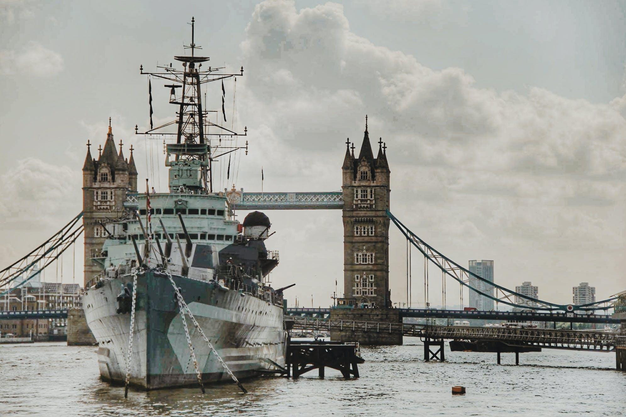 Ingyenes stockfotó Anglia, borongós, dokk, ég témában