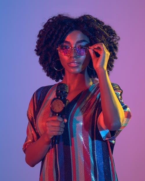 Immagine gratuita di adulto, afro, cantante