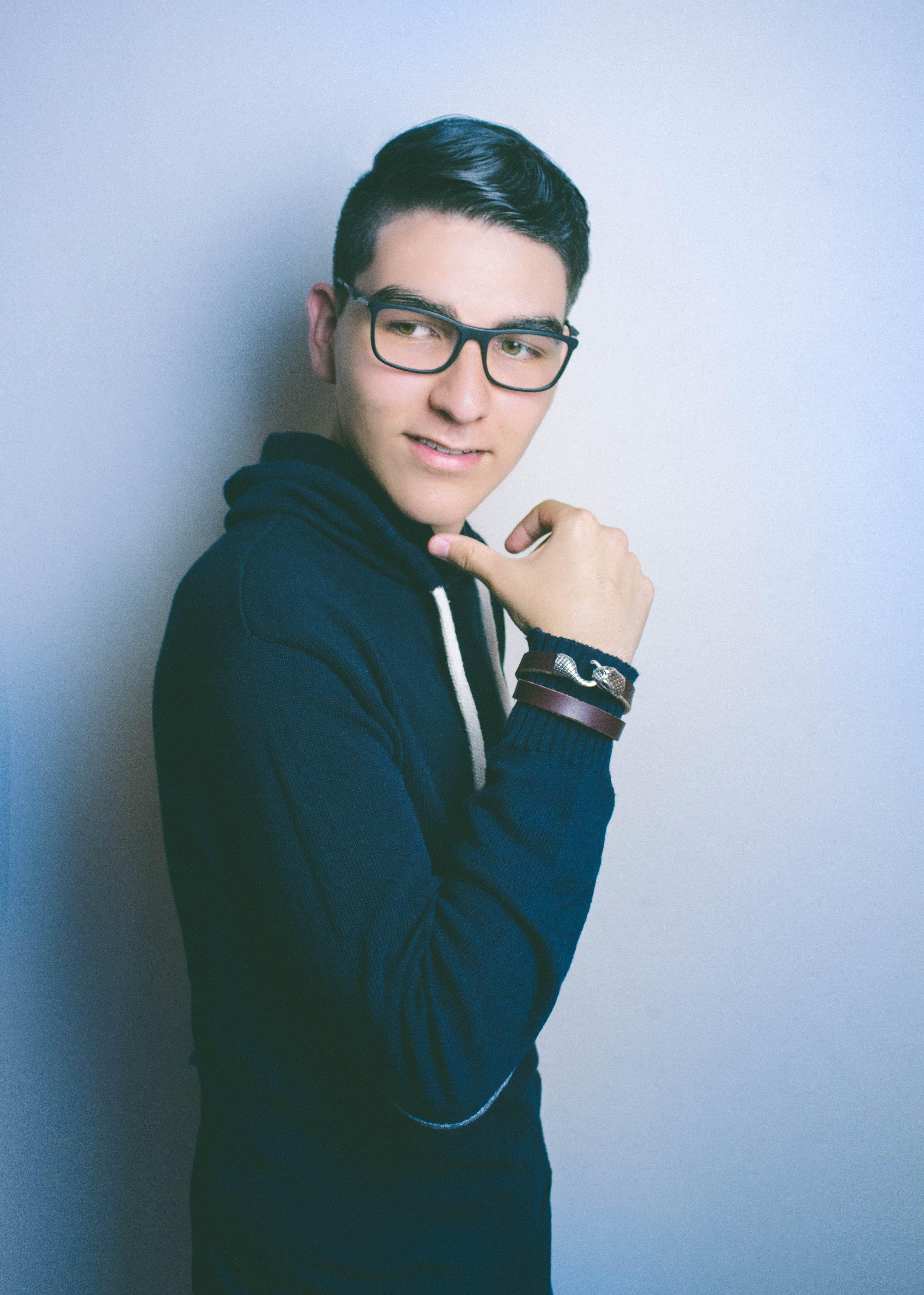 Kostenloses Stock Foto zu auge, brille, drinnen, fashion