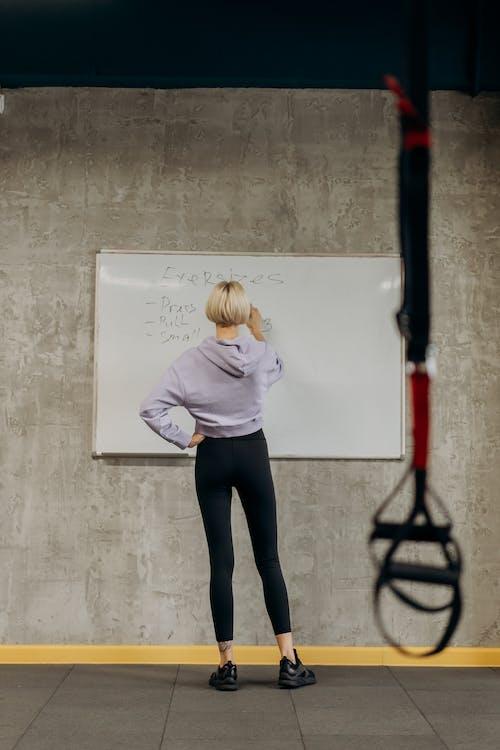 Foto profissional grátis de academia de ginástica, adulto, agenda