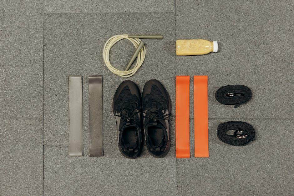เคล็ดลับง่ายๆที่จะทำให้คุณเป็นรองเท้าสำหรับอาชีพที่ยอดเยี่ยม thumbnail