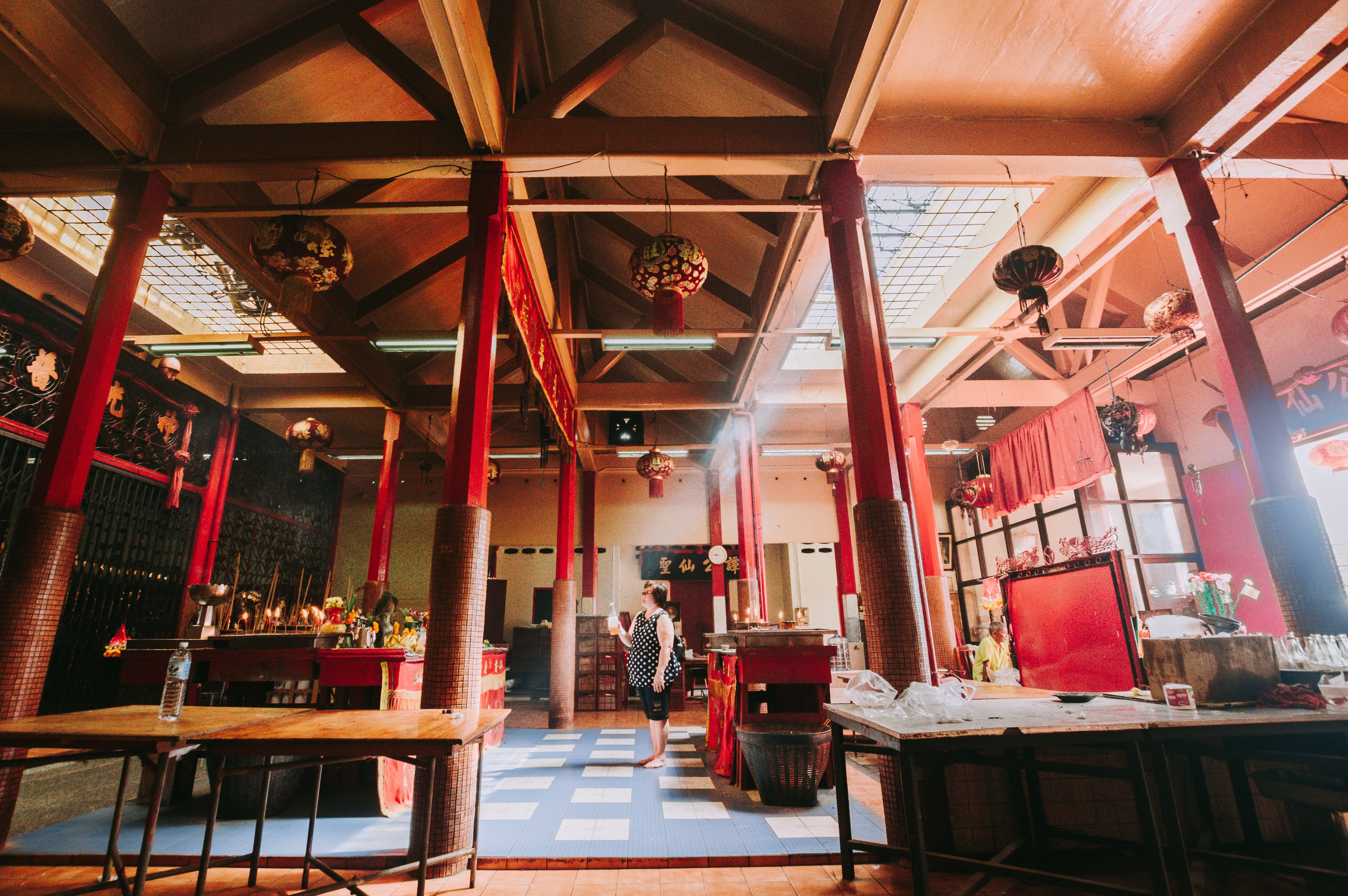 Foto profissional grátis de arquitetura, cômodo, construção, dentro