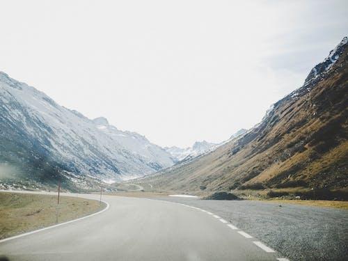 Photos gratuites de asphalte, autoroute, autriche, brouillard