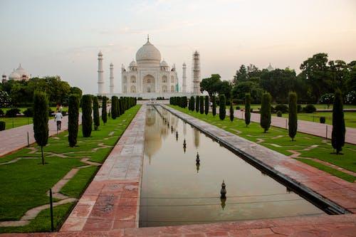 Amazing Taj Mahal during Dusk